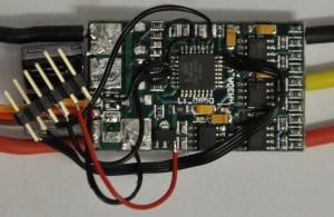 Programmier-Pins verbunden